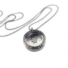 Holiday themed locket necklace #letitsnow #jewelry #gits #giftideas #locket #shopping
