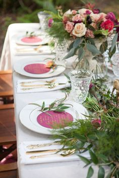An Indian summer-inspired styled shoot with luscious berry hues to mark the transition from summer to fall | Sarah Elizabeth Photography: http://sarahelizabethcarson.blogspot.com | Loba Design Co.: http://www.lobadesignco.com