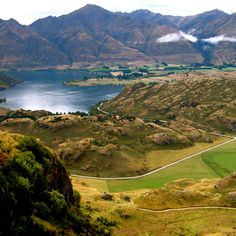 Wanaka Walk, Diamond Lake, New Zealand.