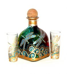 Gold Dragonfly Decanter Patron Bottle Art on Glass Hand Painted Tabletop Accessory 4 Piece Set Recycled Wine Bottles, Wine Bottle Art, Painted Wine Bottles, Painted Jars, Wine Bottle Crafts, Mason Jar Crafts, Patron Bottle Crafts, Glass Bottles, Paint Bottles