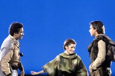 Post with 990409 views. behind the scenes photos of the Star Wars Trilogy Billy Dee Williams, Han And Leia, Lando Calrissian, Carrie Fisher, Frances Fisher, Ewok, Harrison Ford, Scene Photo, Princess Leia