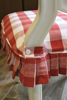 Capital E Easy Parson Chair Slipcover Tutorial With Chevron Fabric Gorgeous Fabric To Cover Dining Room Chair Seats Design Ideas
