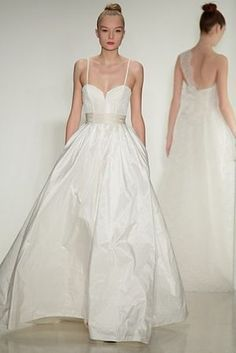 26 Bridal Week Gowns So Ethereal, They'll Make You Weep | Racked National
