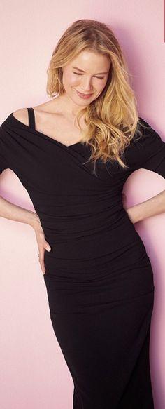 Who made Renee Zellweger's black dress?