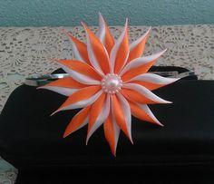 Barrette fleur orange et blanc/Pince à cheveux kanzashi/Fleur kanzashi/Ruban en satin de la boutique bricoartKAM sur Etsy