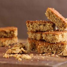 Butterscotch Brownie (Brownie de Caramelo) Butterscotch Brownies, Banana Bread, Cake Recipes, Recipies, Sweets, Cookies, Desserts, Yogurt, Food