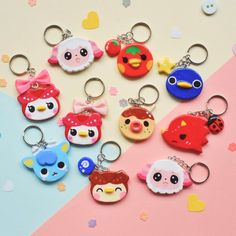Cute Polymer Clay, Cute Clay, Polymer Clay Charms, Polymer Clay Earrings, Clay Art Projects, Polymer Clay Projects, Pigeon Craft, Biscuit, Clay Keychain