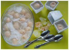 Indonesian Medan Food: Agar Jelly Leci dan Kelapa Muda (Lychee and Young Coconut Agar Jelly Mix)