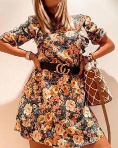 Fabric name: polyester fiberMain fabric composition: polyester fiberSize: S, M, L Size Chart Size unit Bust Waist Length Sleeve Shoulder S cm 86 64 89 44 34 inch M cm 90 70 91 45 35 inch L cm 94 74 93 46 36 inch ti Boho Mini Dress, V Neck Midi Dress, Floral Sleeve, Dress Out, Spaghetti Strap Dresses, Colorful Fashion, Fit Flare Dress, Pattern Fashion, Sleeve Styles