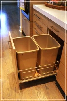 Find out best IKEA trash can to become waste container and room decor enhancement ideas! IKEA trash cans are modern with decorative functionality Kitchen Organization, Kitchen Storage, Diy Storage, Kitchen Cupboard Bin, Storage Ideas, Kitchen Drawers, Storage Cabinets, Storage Solutions, Kitchen Redo
