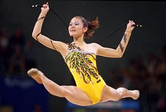 Rieko Matsunaga of Japan in action during the Rhythmic Gymnastics in Pavilion 3 of the Sydney Showground on Day 13 of the Sydney 2000 Olympic Games. Gymnastics Photos, Sport Gymnastics, Olympic Gymnastics, Rhythmic Gymnastics, Olympic Games, Sexy Hot Girls, Cute Girls, Flexy Girls, 2000 Olympics