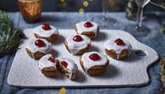 These Christmas tarts are mince pies with a twist – a nutty frangipane filling replaces some of the traditional mincemeat and they're topped with icing. Christmas Pudding, Christmas Desserts, Christmas Baking, Christmas Recipes, Christmas Treats, Key Lime Pie, Mary Berry Mince Pies, Pie Recipes, Baking Recipes