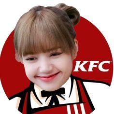 Meme Faces, Funny Faces, K Pop, Cute Bear Drawings, Blackpink Poster, Blackpink Funny, Lisa Blackpink Wallpaper, Blackpink Memes, Kpop Couples