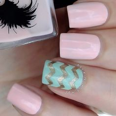 Pink nails. Chevron nails. Nail art. Nail design. Polish. Polishes. Instagram media by jewsie_nails