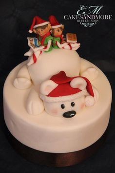 Elves cake - by cakesandmore @ CakesDecor.com - cake decorating website