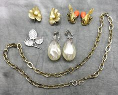 No need to stress over what to wear with your perfect outfit, this mix of Sarah Coventry accessories provides several options to finish your look.