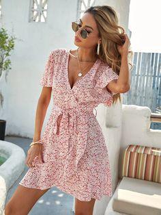 Wrap Dress Short, Short Sleeve Dresses, Dresses With Sleeves, Casual Summer Dresses, Summer Dresses For Women, Flowy Shorts, Wrap Dress Floral, Floral Dresses, Women's Dresses
