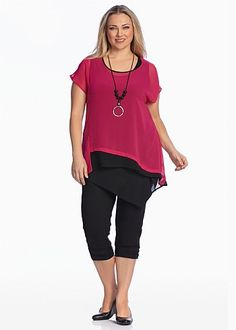 MEET ME HALFWAY TOP - Fuschia is my colour. Problem 1. polyester, problem 2. the Ore layering tank is the wrong cut for me. Team with my black tunic which is cotton/viscose.