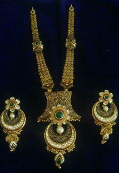 Gold Jewellery Design, Gold Jewelry, Beaded Jewelry, Antique Necklace, Antique Jewellery, Necklace Set, Gold Necklace, Pakistani Jewelry, Jewellery Sketches