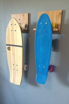 Tired of tripping over your boards? Get the COR Bamboo Skateboard Rack and Organize those Boards! - Eco-friendly, sleek and effective way to store your skateboard. - Made from beautiful bamboo wood. Skateboard Storage, Surfboard Storage, Surfboard Rack, Kayak Storage, Wall Storage, Garage Storage, Storage Rack, Storage Ideas, Penny Skateboard
