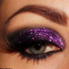 Dramatic blue glitter makeup | ★ ✴ ✦ Glitz and glitter makeup ...