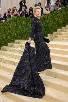 """The 2021 #MetGala is here! Fashion's biggest night is back, and this year's theme is """"In America: A Lexicon of Fashion,"""" a true celebration of American fashion. Tap to see every single #celebrity #redcarpet look. Kate Hudson, Jennifer Hudson, Jennifer Lopez, Isabelle Huppert, Sharon Stone, Teyana Taylor, Donatella Versace, Keke Palmer, Diane Kruger"""