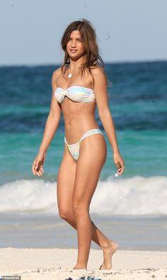 6da3b2733e Model Rocky Barnes flaunts her fit figure in skimpy bikini in Mexico