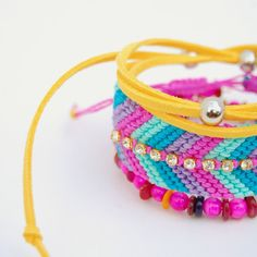 Embellished friendship bracelets - Tales and handmade