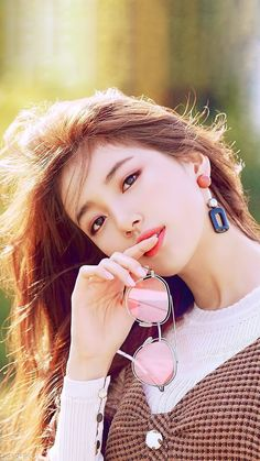 Stunning beauty colliding with talent Bae Suzy, Korean Beauty, Asian Beauty, Beautiful Asian Women, Most Beautiful, Miss A Suzy, Foto Portrait, Park Shin Hye, Korean Celebrities