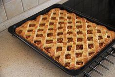 Jablkový mriežkový koláč « life in progress Waffles, Breakfast, Food, Morning Coffee, Essen, Waffle, Meals, Yemek, Eten