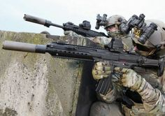 Heckler & Koch's HK433 assault rifle family will be proposed to the Bundeswehr as a replacement for the currently issued G36 rifle. (H&K)