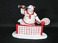 Enesco Coca Cola Polar Bear Figurine (Image1)