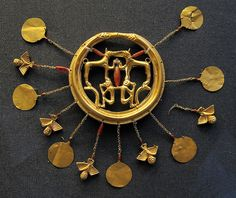 Mycenaean gold jewelry at the British Museum by Journey to Ancient Civilizations, via Flickr