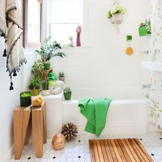 25 Small Bathroom Ideas to Turn Your Tiny Space into a Spa