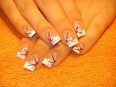 Opting for bright colours or intricate nail art isn't a must anymore. This year, nude nail designs are becoming a trend. Here are some nude nail designs. French Manicure Nail Designs, Nail Art Designs, Pedicure Designs, French Nails, Gorgeous Nails, Pretty Nails, Manicure E Pedicure, Pedicures, Flower Nails