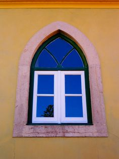 Portuguese colors - window detail in Sintra #Portugal