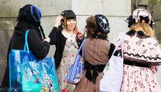 Der Style der Mädchen im Yoyogi Park, Tokyo - das Treffen der Subkulturen von CicoBerlin