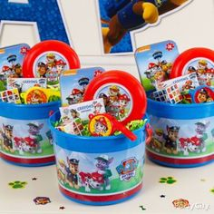 Treat them to fun favor buckets!