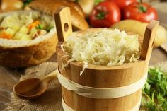 Well Within You Sauerkraut: This Superfood Can Work Wonders for Your Health Learn how adding one superfood, in small quantities, can improve your overall health in very major ways. Embrace sauerkraut now for amazing benefits. Homemade Sauerkraut, Sauerkraut Recipes, Probiotic Foods, Fermented Foods, Real Food Recipes, Cooking Recipes, Healthy Recipes, Clean Eating, Healthy Eating