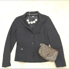 """Banana Republic Classic Black Blazer A """"must have"""" item for any woman's closet! This perfect black blazer is from Banana Republic and will look great from work to play. It is a size 2 but contains stretch technology. It is in excellent condition.                                                   I have excellent deals on bundles. Make me an offer! Banana Republic Jackets & Coats Blazers"""
