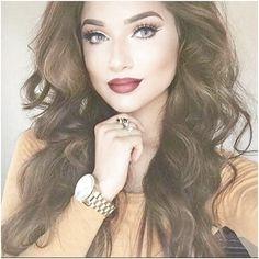 Simply the Best Hair Shades for Brunettes Shades Of Brunette, Short Brunette Hair, Brunette Color, Hair Shades, Hair Color Dark, Cool Hair Color, Brown Hair Colors, Dark Hair, Shoulder Length Hairdos