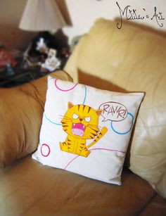 Toradora hand-painted pillow by Matita's Art