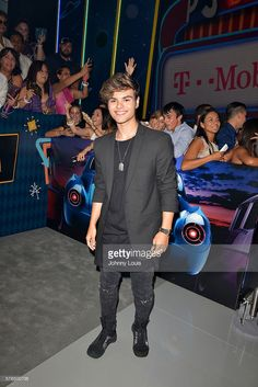 Singer Abraham Mateo arrives at Univision Premios Juventud Awards Youth Awards at Bank United Center on July 14, 2016 in Miami, Florida.