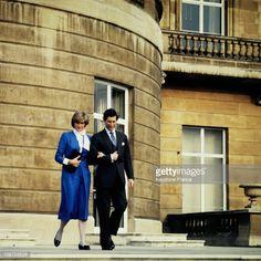 News Photo : London, Buckingham Palace, Lady Diana And Prince...