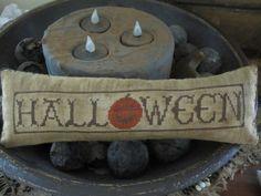 Halloween Cross Stitch Freebies   Hole in the Basket Primitives: Halloween Stitchin'