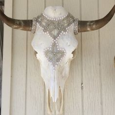 Bedazzled Cow Skull Mary Queen of Scots by on Etsy Cow Skull Decor, Cow Skull Art, Deer Decor, Bull Skulls, Deer Skulls, Animal Skulls, Painted Cow Skulls, Antler Crafts, Cow Head