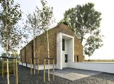 Modern Dutch Thatched House Links With The Past