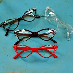 bitter root vintage / this year's model vanity glasses