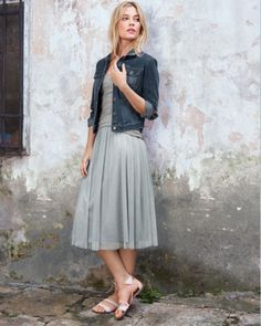 We adore the modern grace of this midi, our favorite new length. Designed with two soft layers of tulle atop a knit underlayer, it sits flat on the body without being tutu much. A special dress-up piece, we also like the way the skirt dresses down for day with a simple tee or jean jacket.