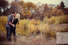 I love this shot and this couple's entire engagement session pics!